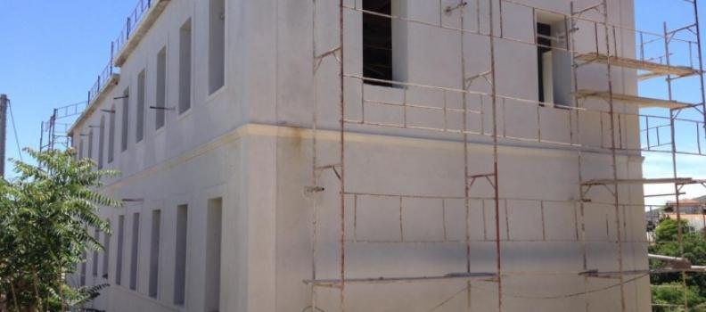 Υπογραφή σύμβασης για την αποπεράτωση των κτιριακών εγκαταστάσεων Κολεγίου της Χίου