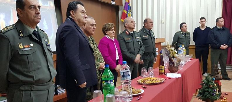 Επισκέψεις της Περιφερειάρχη σε μονάδα της Πολεμικής  Αεροπορίας και στη Μεραρχία Αρχιπελάγους