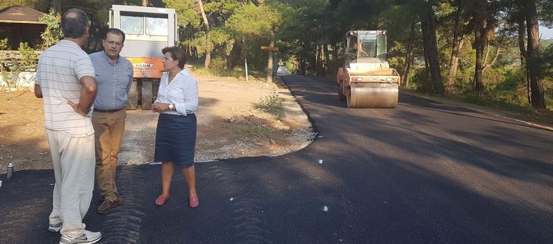 Επίσκεψη της Περιφερειάρχη σε έργα συντήρησης του οδικού δικτύου της Λέσβου
