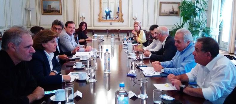 Δηλώσεις της Περιφερειάρχη μετά τη σύσκεψη για την αντιμετώπιση των ζητημάτων από το προσφυγικό της Σάμου