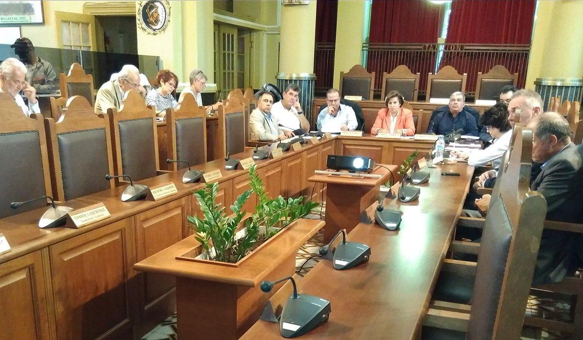 Συνάντηση φορέων στα γραφεία της Περιφέρειας Βορείου Αιγαίου για τη διατήρηση του μειωμένου ΦΠΑ στα νησιά