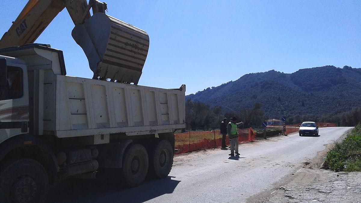 Έργα βελτίωσης αγροτικών οδών στη Λέσβο και τη Σάμο