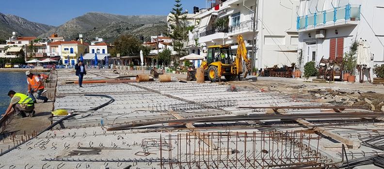 Επίσκεψη της Περιφερειάρχη σε έργα στη Χίο