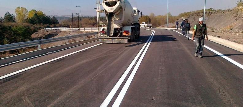489.000 ευρώ από την Περιφέρεια Βορείου Αιγαίου για έργα συντήρησης του οδικού δικτύου και καθαρισμού των χειμάρρων στη Σάμο