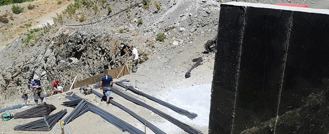Επίσκεψη της Περιφερειάρχη σε έργα στην περιοχή του Πλωμαρίου