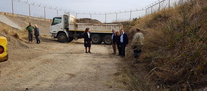 Επίσκεψη Καλογήρου σε εργασίες για τον καθαρισμό χειμάρρων στην περιοχή της Παναγιούδας, της Μόριας και του Αεροδρομίου που εκτελούνται από την Περιφέρεια Βορείου Αιγαίου