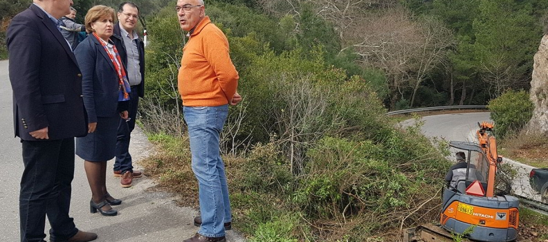 Επίσκεψη της Περιφερειάρχη στο έργο συντήρησης της επαρχιακής οδού Παπάδου-Πλωμαρίου