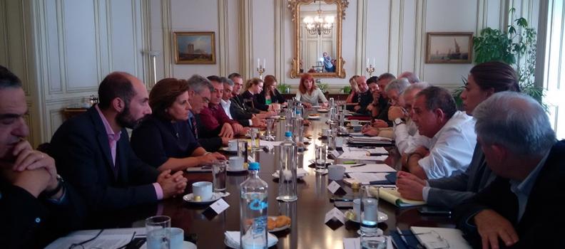 Δηλώσεις της Περιφερειάρχη μετά τη σύσκεψη στο Μέγαρο Μαξίμου για το προσφυγικό