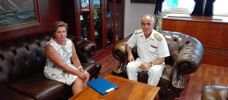 Συνάντηση της Περιφερειάρχη με τον Αρχηγό του Λιμενικού Σώματος για το μεταναστευτικό