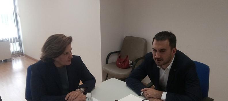 Συνάντηση της Περιφερειάρχη με τον Αναπληρωτή Υπουργό Οικονομίας και Ανάπτυξης