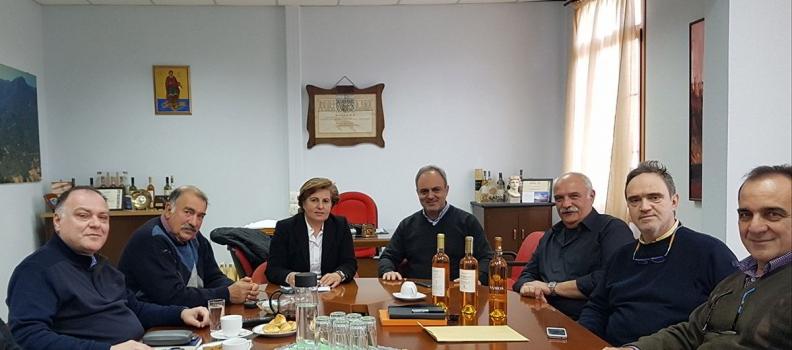Συνάντηση της Περιφερειάρχη με τα μέλη του Ε.Ο.Σ. Σάμου