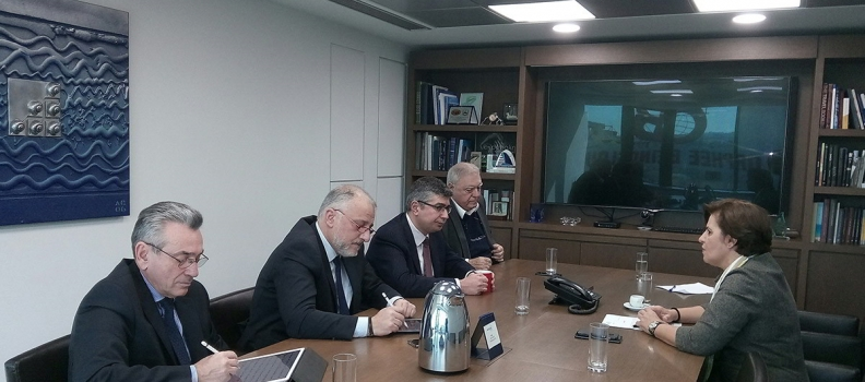 Το θέμα της ακτοπλοϊκής εξυπηρέτησης των νησιών στη συνάντηση της Χρ. Καλογήρου με στελέχη της Attica Group